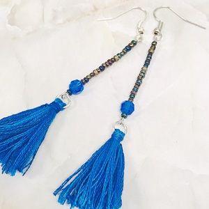 Jewelry - BOGO💫Slender Caribbean Dangles
